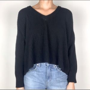 BRANDY MELVILLE Cropped Knit Pullover Sweater